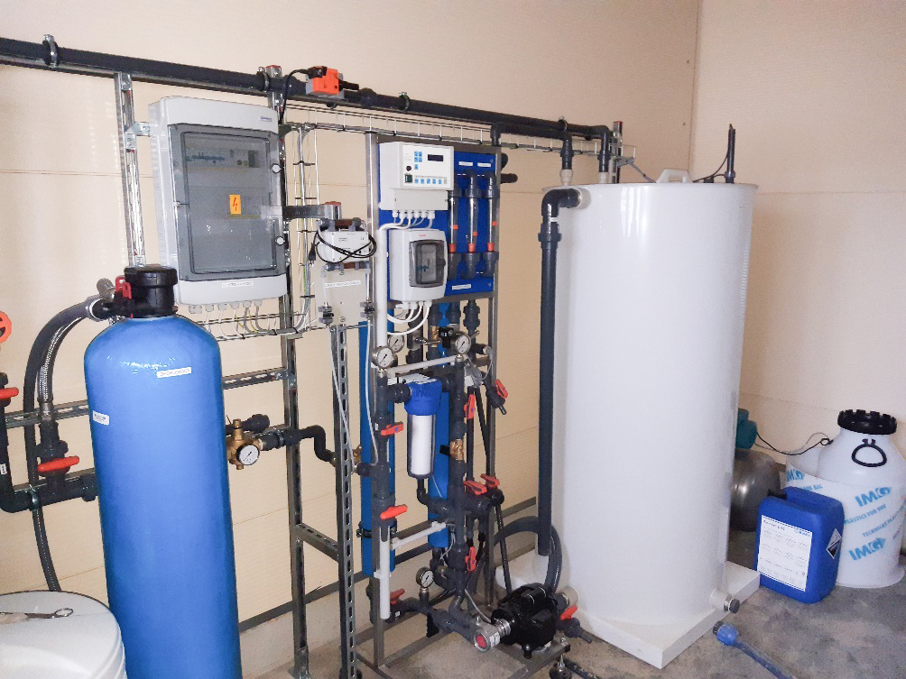 Demineralizace vody, mix-bed filtry, stanice reverzní osmózy